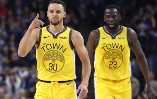 Warriors kéo dài chuỗi mùa giải thắng ít nhất 50 trận