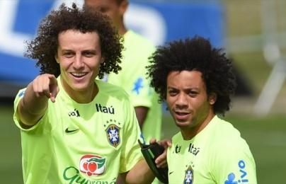 Video: David Luiz và Marcelo song kiếm tấu hài