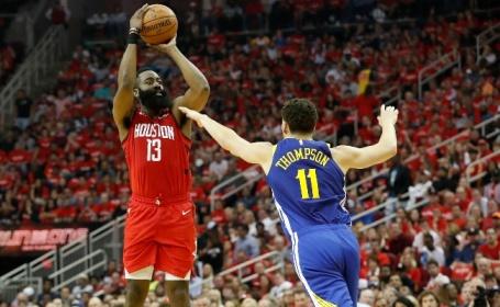 9ffd238b2 Ném 3 hiệu quả là một phần trong chiến thắng của Rockets