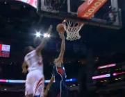 Video NBA: Pha bật cao chắn bóng tuyệt đẹp của Kyle Lowry