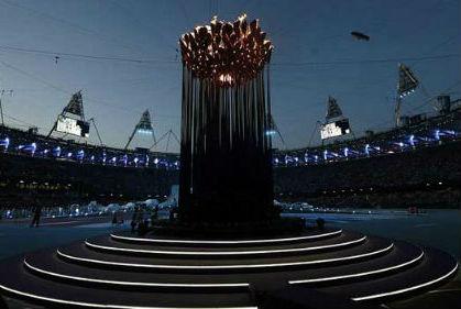 Chùm ảnh: Lễ bế mạc Olympic 2012 đầy ấn tượng