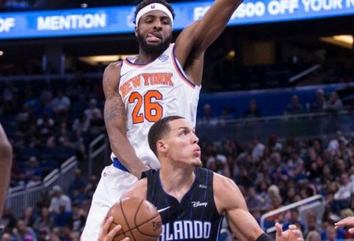 Video bất lực trước Gordon, Knicks nếm trái đắng trên sân của Magic