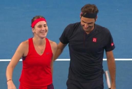Video tuyển Anh bất lực trước song kiếm hợp bích Federer/Bencic