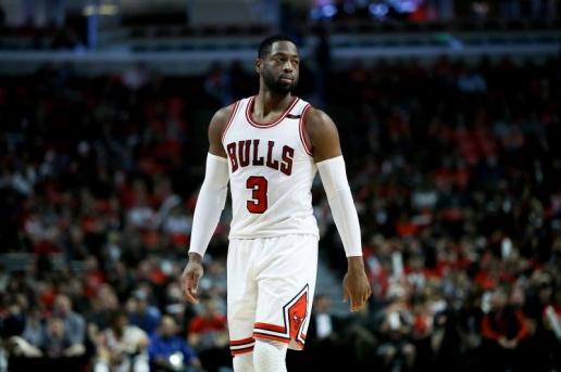 Dwayne Wade sẽ chia tay Chicago Bulls để chuyển sang đội bóng mới ngay trước thềm NBA mùa này khởi tranh.