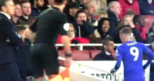 Đang đấu với Arsenal, Vardy tự ý rời sân và không trở lại