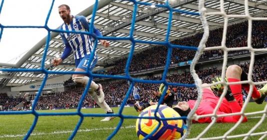 Chính thức: 'Hung thần' bắn hạ Man Utd đặt bút gia hạn hợp đồng