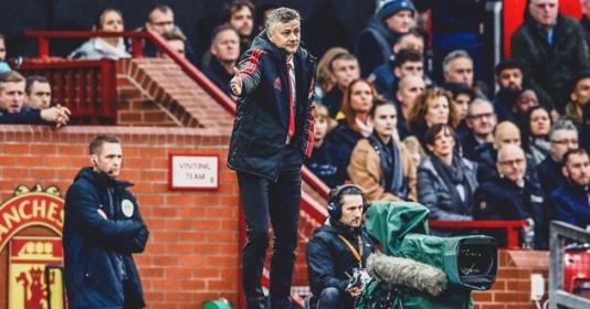 Solskjaer chưa hài lòng về điều gì ở hiệp 1 trận gặp Huddersfield?