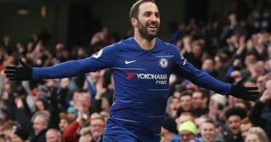 5 điểm nhấn Chelsea 5-0 Huddersfield: Higuain tuyên chiến cả nước Anh