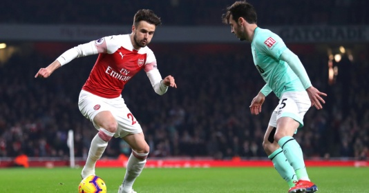 Không phải Ozil, CĐV Arsenal 'điên đảo' vì cái tên đá chính sau 3 năm