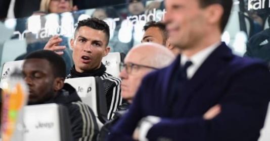 Dự bị cả trận nhìn đàn em tỏa sáng và đây là phản ứng của Ronaldo
