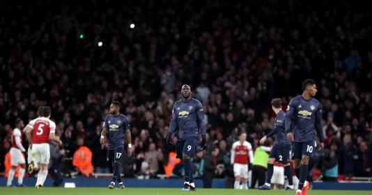 """Man Utd, thất bại tại Emirates và lời cảnh tỉnh về """"kẻ rút ruột"""""""