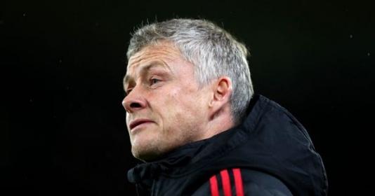 Tiết lộ: Solskjaer 'sấy' cầu thủ M.U, nhắc đến Mourinho sau 2 trận thua