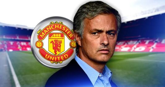 Mourinho: Tôi nhận được 50 tin nhắn từ Man United