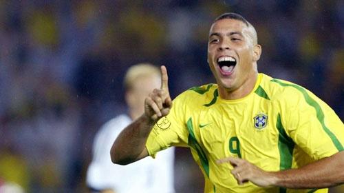 Bỏ qua U22 Việt Nam, Ronaldo chọn nhà vô địch SEA Games là...