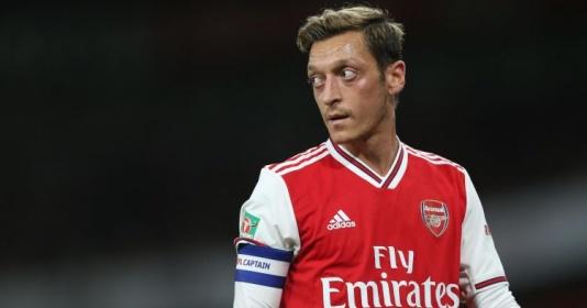 Ozil chia tay Adidas, đại diện lập tức phá vỡ im lặng