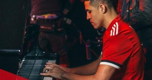 5 khoảnh khắc đẹp nhất của Alexis Sanchez tại Man Utd