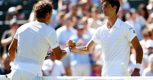 Bại tướng tiết lộ sự tàn nhẫn của Nadal trên đất nện