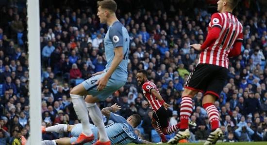 Sao trẻ tỏa sáng, Man City nhọc nhằn có trận hòa với Southampton
