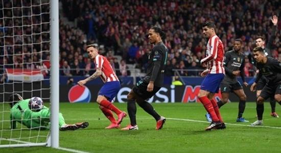 CĐV Liverpool chỉ ra điểm vô lý trong trận thua Atletico