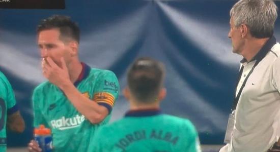 Cho Setien ra rìa, Messi trực tiếp chỉ đạo chiến thuật