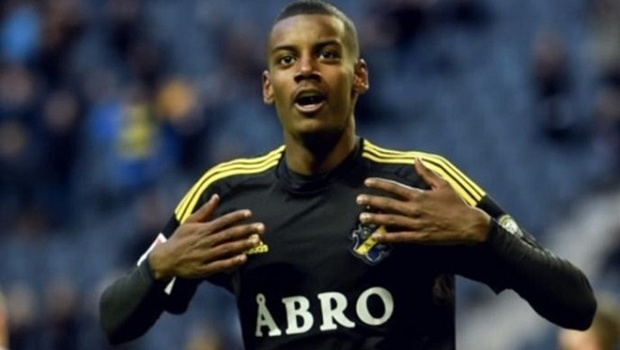 Barca, Real và Bayern săn sao trẻ Thụy Điển