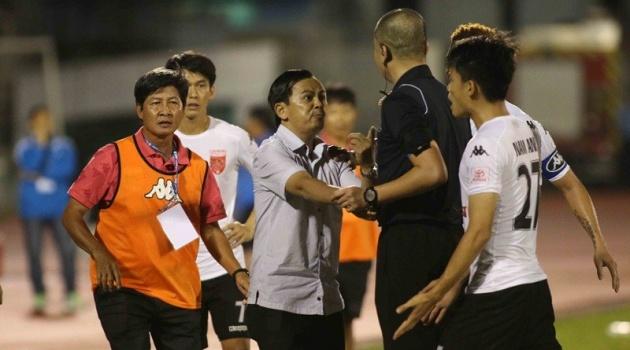 Chủ tịch CLB Long An từ chức, Bộ VH-TT& DL gửi công văn chấn chỉnh V-League