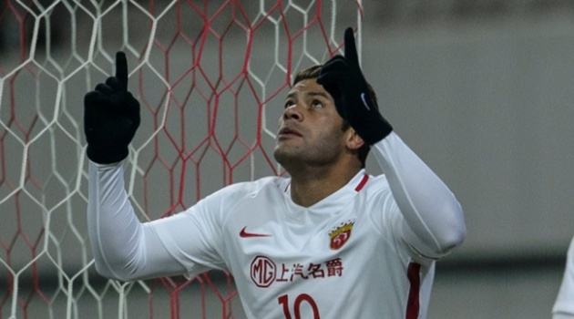 Hulk nã pháo giúp đại gia Trung Quốc vượt khó ở cúp châu Á