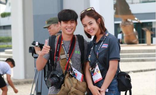 Nữ phóng viên Thái làm 'chao đảo' SEA Games 29