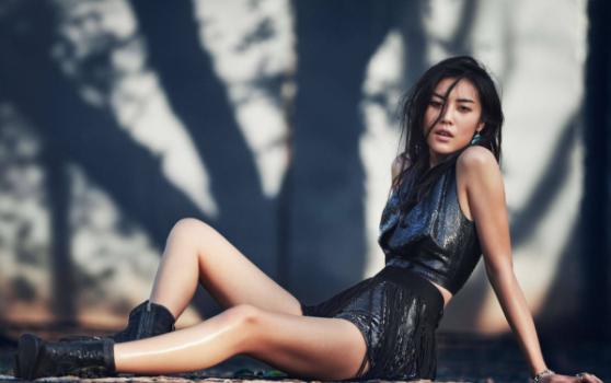 Vẻ đẹp ma mị của siêu mẫu Liu Wen