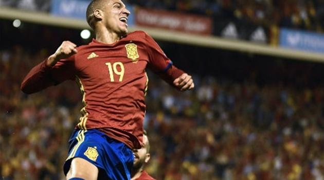 Giải quyết Albania nhanh gọn, Tây Ban Nha giành vé đến Nga