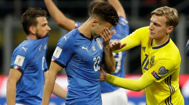Bị loại khỏi World Cup, Italia vẫn thăng tiến trên BXH FIFA