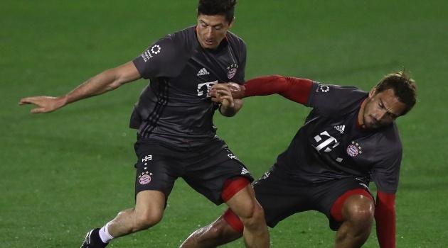 Hục hặc Hummels, Lewandowski bắt đầu làm loạn ở Bayern?