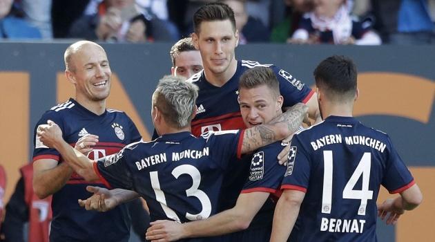 Hủy diệt Augsburg, Bayern Munich chính thức vô địch Bundesliga