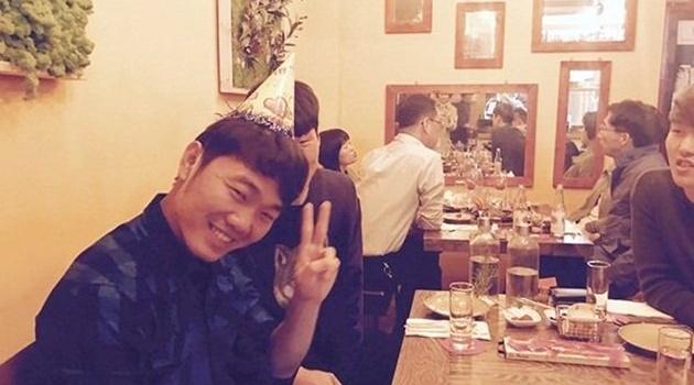 Thủ quân U23 Việt Nam nhân ba niềm vui trong ngày đặc biệt