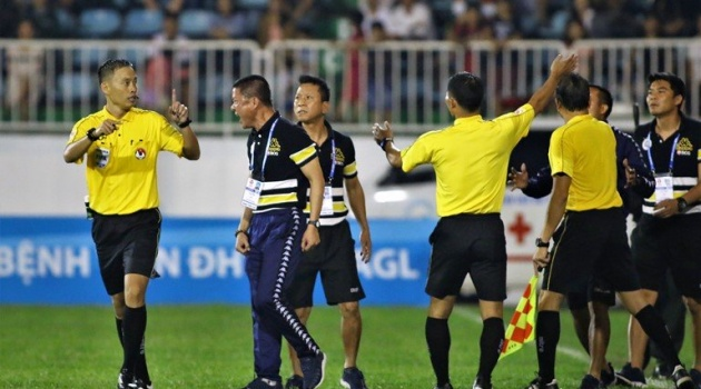 HAGL cưa điểm với Hà Nội FC ở trận cầu quá căng thẳng