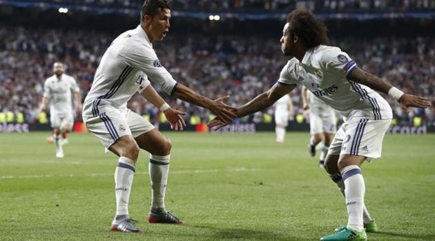 Marcelo gửi lời chia tay xúc động đến Ronaldo
