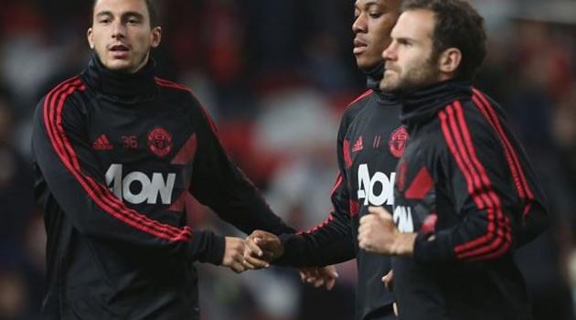 Từ Italia: 2 ngôi sao Man Utd đến Serie A theo dạng CNTD