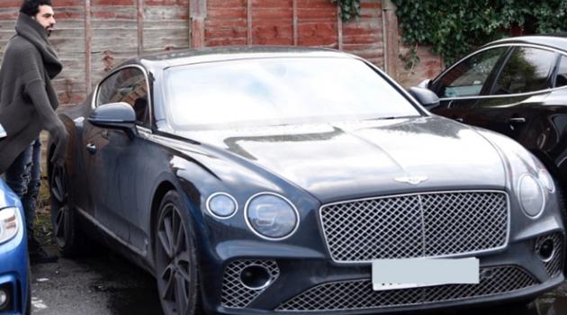 Mohamed Salah và bộ sưu tập những siêu xe đắt đỏ