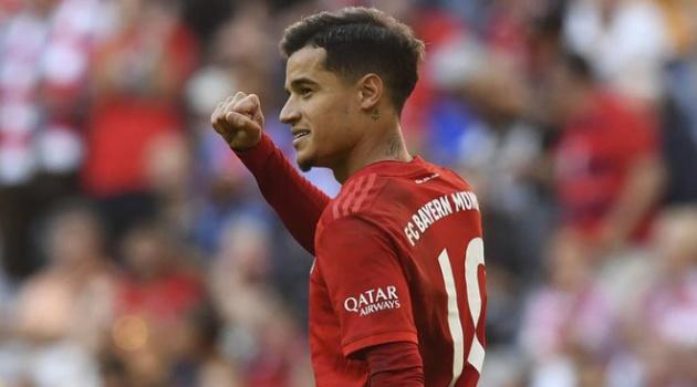 Kẻ thất sủng lập kỷ lục trong ngày Barca thua tan nát trước Granada