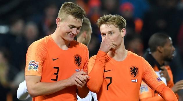 Barcelona vẫn muốn 'bộ sậu' Hà Lan được tái hợp ở sân Camp Nou