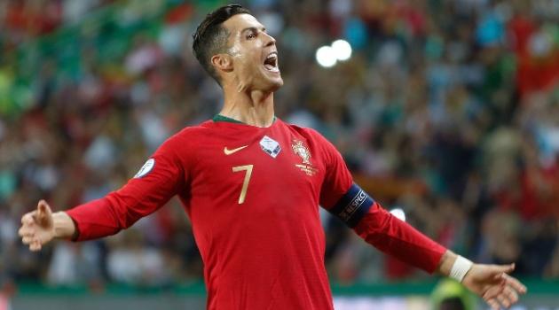 Ronaldo: Tôi không theo đuổi những kỷ lục...