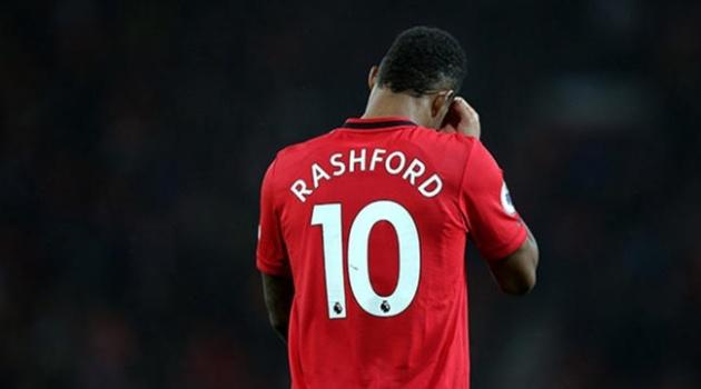 Man Utd 'nát tươm' trước thềm derby nước Anh: Gánh nặng trên vai 'Cậu bé vàng'