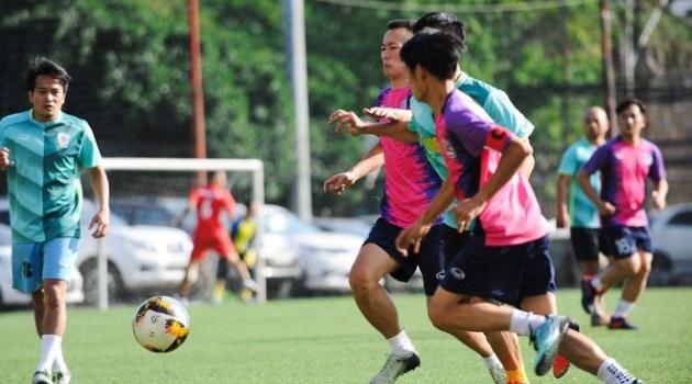 Cựu học sinh PTTH khóa 96-99 tại Hà Nội tổ chức giải bóng đá thiện nguyện