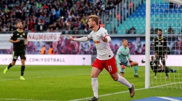 Quên Bayern đi, mục tiêu của Liverpool mới là tâm điểm khiến Bundesliga lay chuyển
