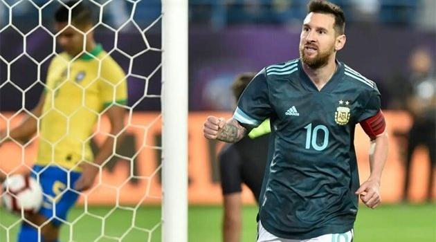 """Siêu kinh điển Nam Mỹ & Argentina và những """"nhà vô địch"""" bị mỉa mai nhiều nhất"""