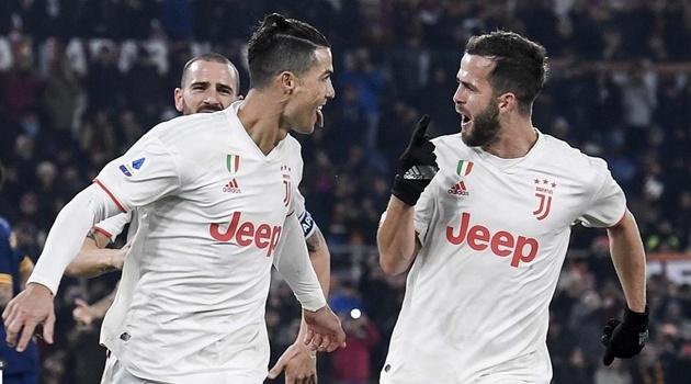 Ấm lòng với hành động của Ronaldo trong trận AS Roma gặp Juventus