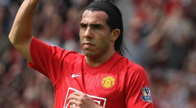 Điên rồ, Man United mang Carlos Tevez về thay Rashford