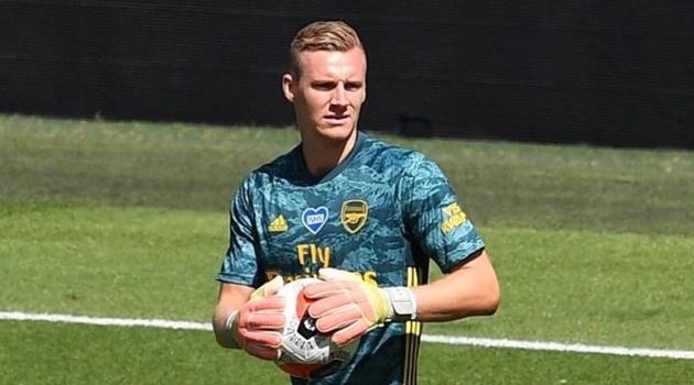 Arsenal ra thông báo, Leno cũng phá vỡ im lặng