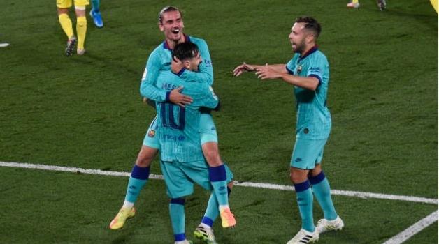 Messi - Griezmann quá ăn ý, Barca trút cơn mưa siêu phẩm xuống sân Villarreal