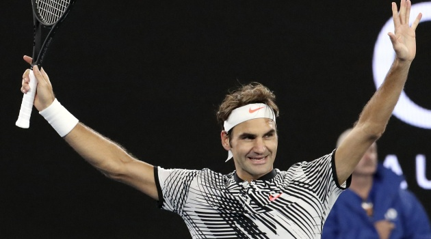 Roger Federer hồi xuân mạnh mẽ